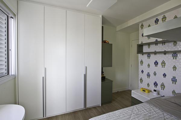 Armário puxador metrópolis, porta de giro, armário em laca branca acetinada, móveis planejados sob medida
