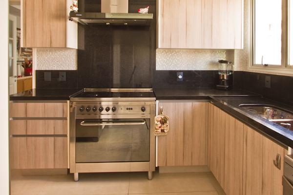 Moveis planejados sob medida, cozinhas planejadas sob medida, MDF a prova dágua, BP ultra resistente a água, cozinha madeirada