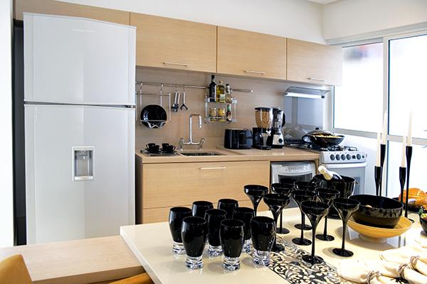 Moveis planejados sob medida, cozinhas planejadas sob medida, MDF a prova dágua, BP ultra resistente a água, cozinha ilha, apartamento decorado